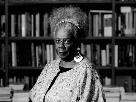 Insaciável sede pela existência: a autoria feminina negra