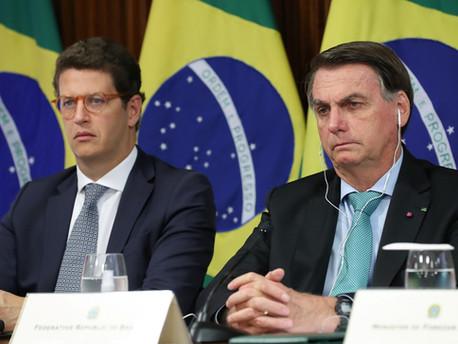 Bolsonaro mente em cúpula do clima