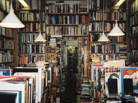 O prazer de livrarias e sebos