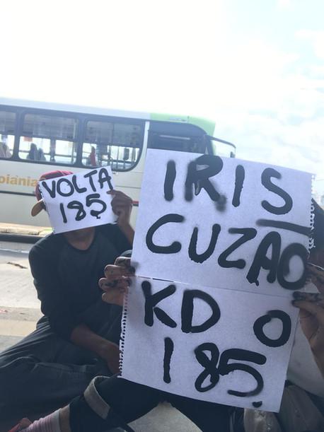 Estudantes e trabalhadores protestam contra a retirada do 185