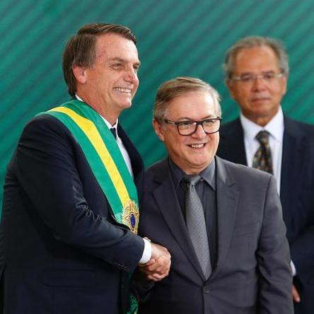Bolsonaro indica militares para órgão antitortura