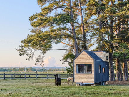 Simplify your life with Hauslein Tiny House Co.