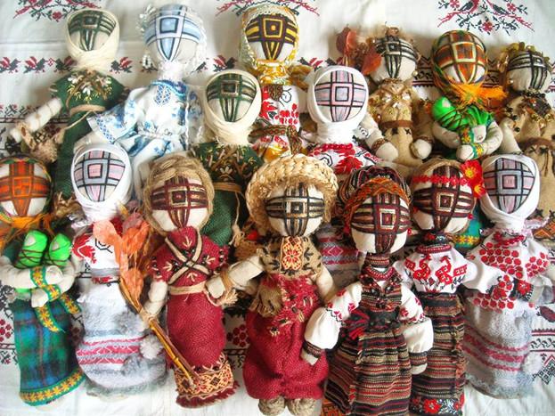 Motanky dolls