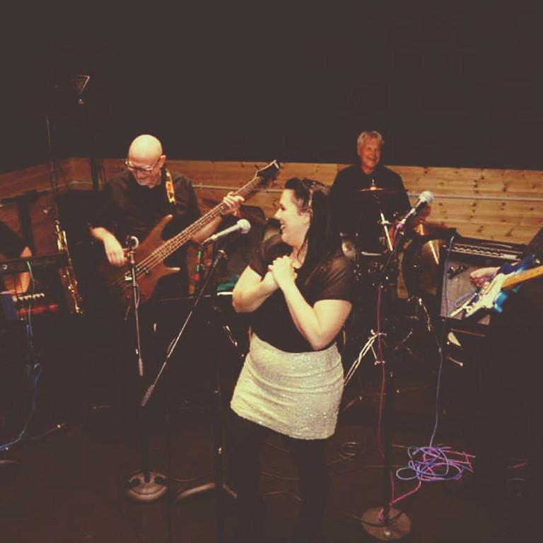 CE Soir live band