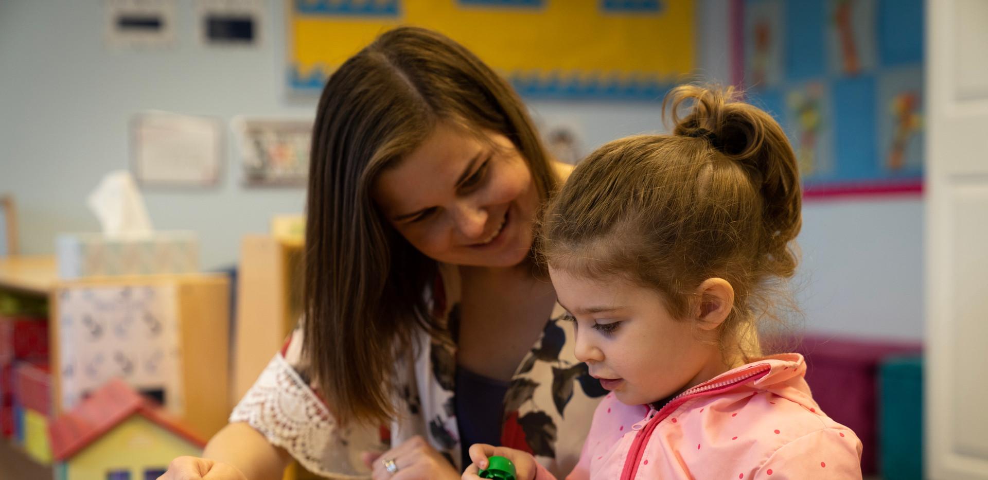 Preschool-Teacher One on One