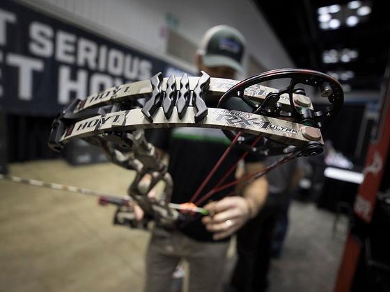 Hoyt-carbon-rx-1-bow.jpg