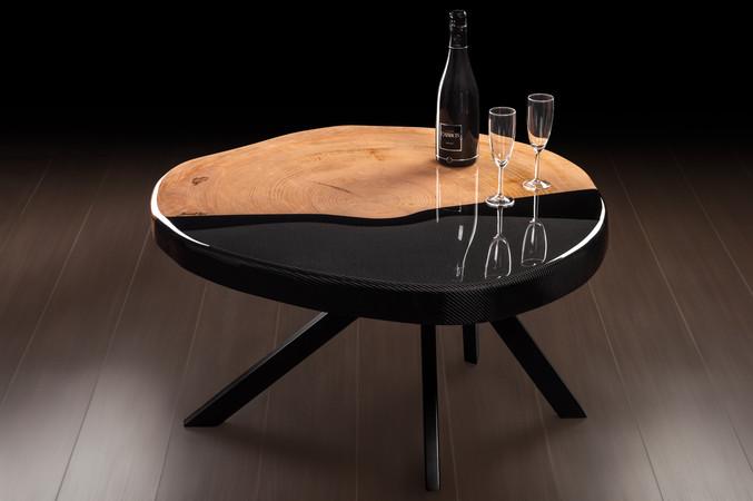 Table basse Cèdre et fibre de carbone