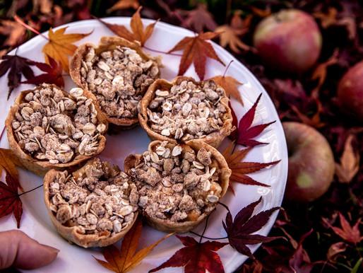 Mini Autumn Crumble Pies