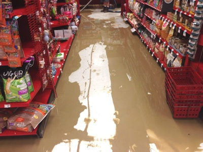 water-damage-commercial-flood-restoratio