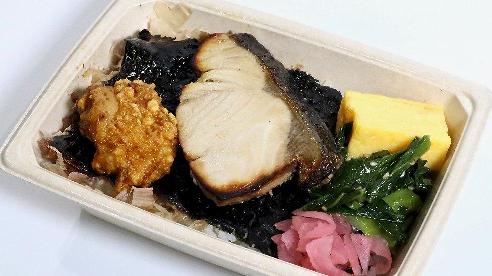日本の海苔弁(ぶり)
