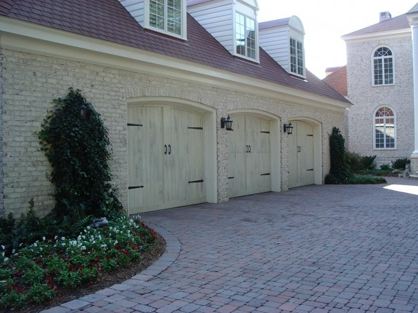 Carriage House 3-Bay Garage