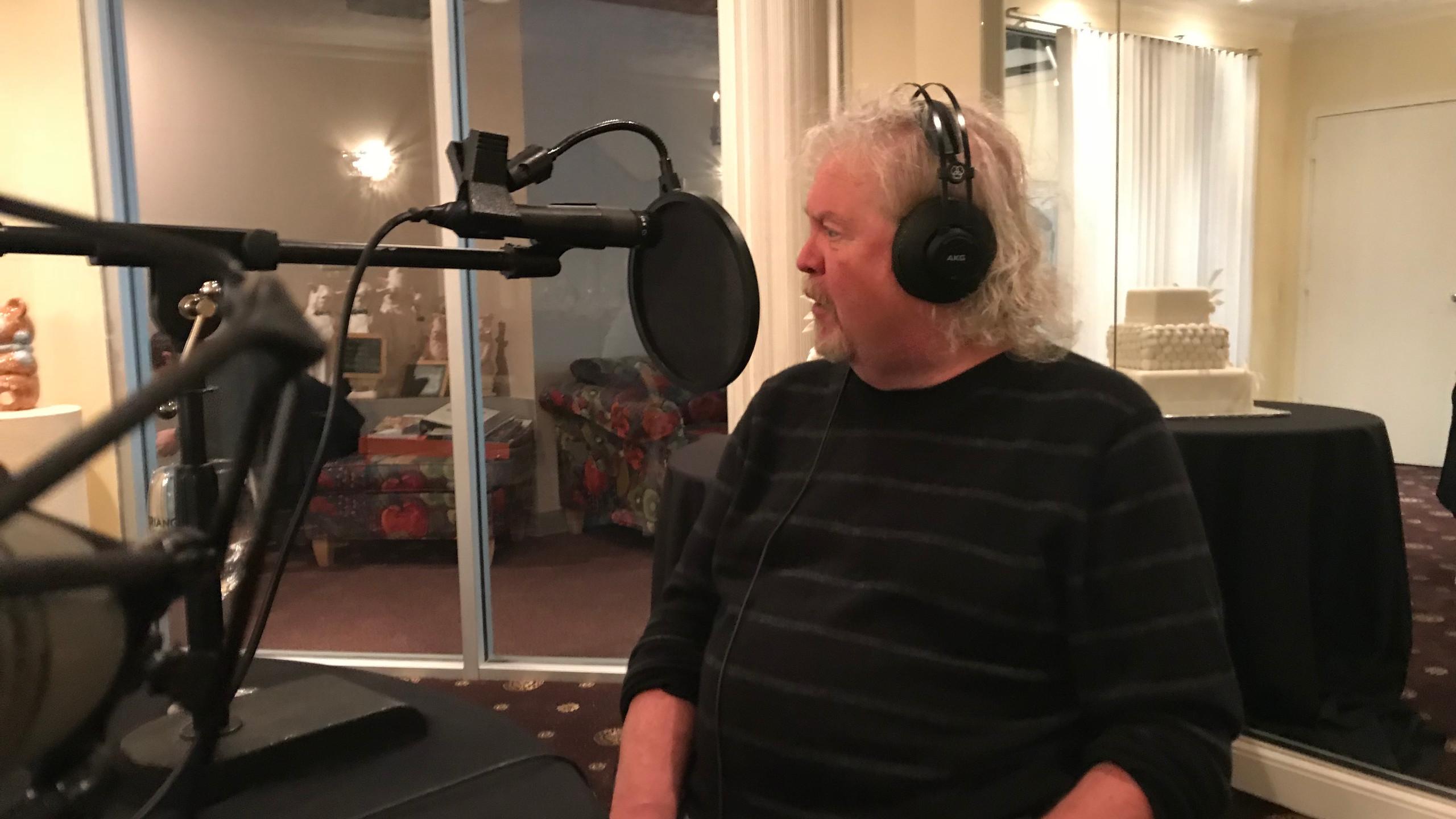 Jim Clendenen in Studio