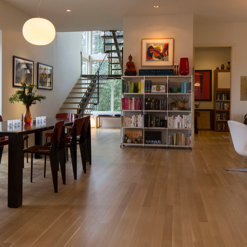 Louis' Living+Room
