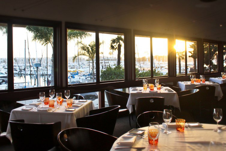 CAFE-del-REY_-sunsetDining4-753x502