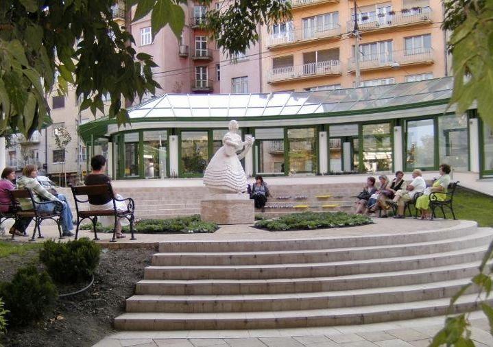 Pihenő és étterem a Horváth-kertben