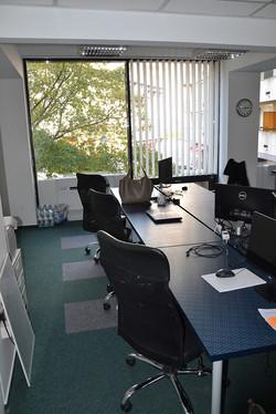 Bérelhető co-work asztalok