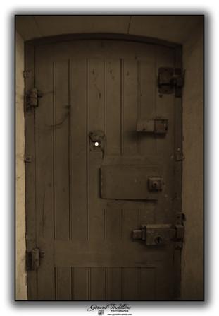 Détail porte de cellule