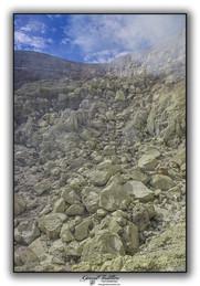 Remontée du cratère