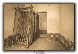 Sommiers dans une cellule
