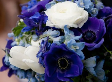PLANNING YOUR WEDDING - Flower Colours 2019