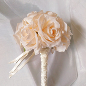 PLANNING YOUR WEDDING FLOWERS - 5 TIPS TO ASSIST YOU WITH YOUR CHOICES (Part 1)