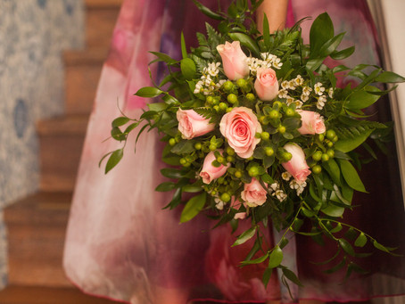 PLANNING YOUR WEDDING BOUQUET- Fresh Flowers or Artificial
