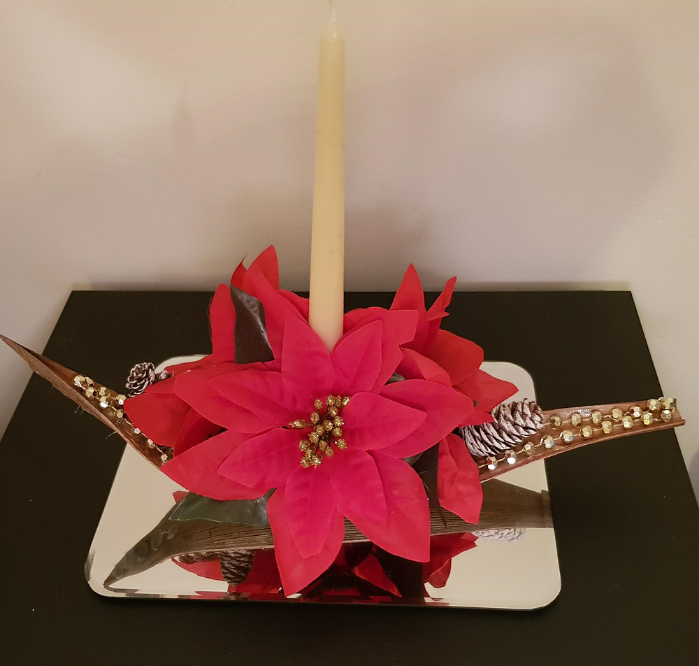 Red Poinsettia and Pine Cone Christmas Table Centrepiece. Silk / faux flowers