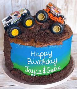 monster truck cake.jpg