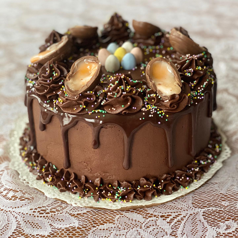 cadbury egg cake.jpg