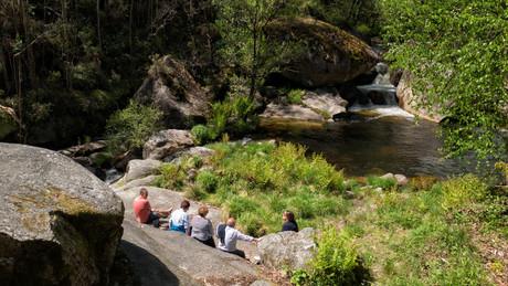 El río se presta para la contemplación...
