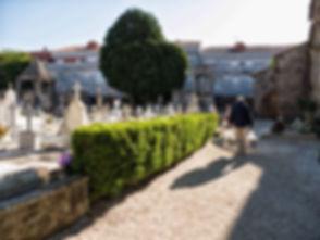 A Quintana dos Mortos, cementerio en Noia (A Coruña) declarado monumento de interés turístico nacional en 1973 es un referente de la cultura gallega