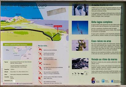 Indicaciones de la Lagoa, laguna, de Louro o de Xalfas en Muros (A Coruña)