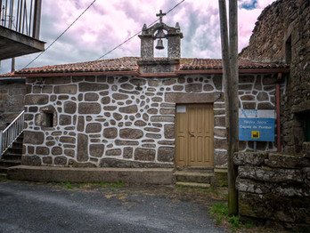 Ermita en Pombar