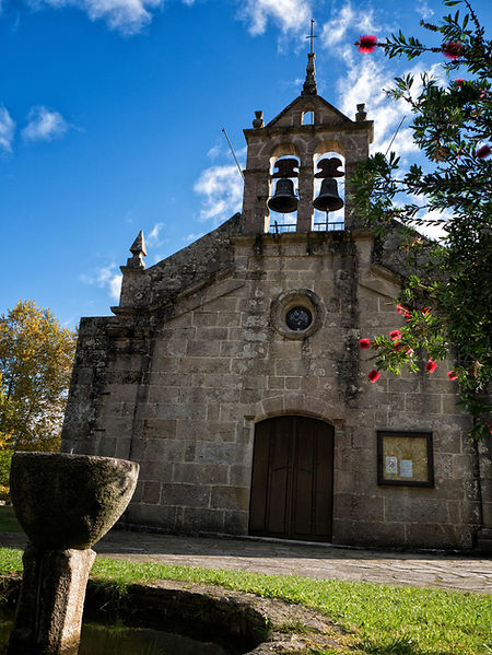 Iglesia parroquial de San Simón en Lira, Salvaterra de Miño (Pontevedra) Galicia. Fotografía de www.photoperiplo.com
