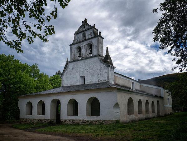 Iglesia de San Salvador en Negueira de Muñiz (Lugo) Galicia
