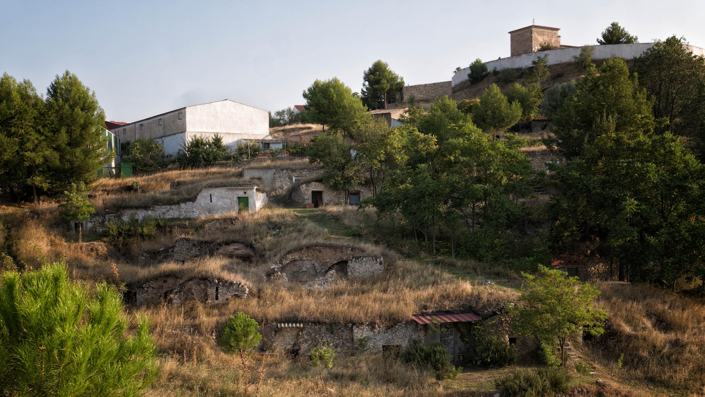 Cuevas del Vallejo, cuevas del vino.