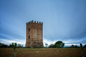 Torre número 17 del Telégrafo de la Línea 2 a su paso por Olmedilla de Alarcón (Cuenca) desde la que se ve el pantano de Alarcón. Photoperiplo estuvo allí fotografiando...