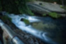 En la playa de A Freixa, en el río Tea, en Ponteareas (Pontevedra) podrás darte un baño y fotografiar este incomparable paraje. Ven a viajar y a fotografiar a Ponteareas con Photoperiplo