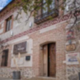 Hostería del Mudéjar en Velayos (Ávila) Posada Real de Castilla y León, un alojamiento con encanto en el que se puede disfrutar también de su restaurante. Photoperiplo vivió allí la estupenda experiencia.