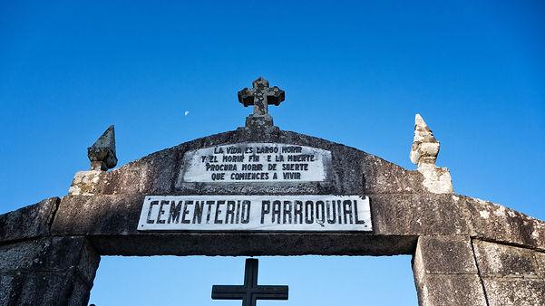 Cementerio de Alxén parroquia de Salvaterra de Miño (Pontevedra) Galicia. Photoperiplo, viajar y fotografiar estuvo allí, nos acompañas.