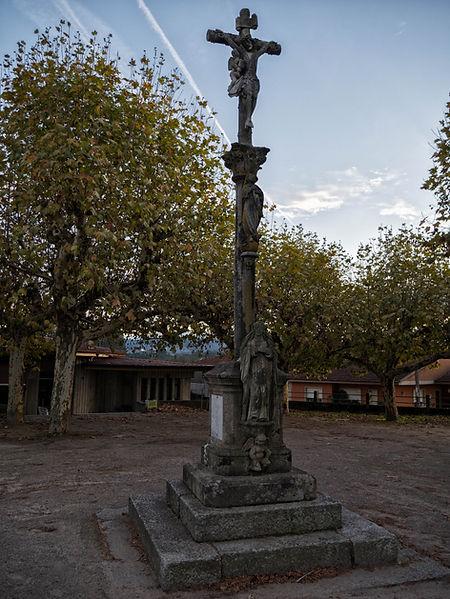 Cruceiro de Porto parroquia de Salvaterra de Miño (Pontevedra) Galicia. Photoperiplo, viajar y fotografiar estuvo allí, nos acompañas.