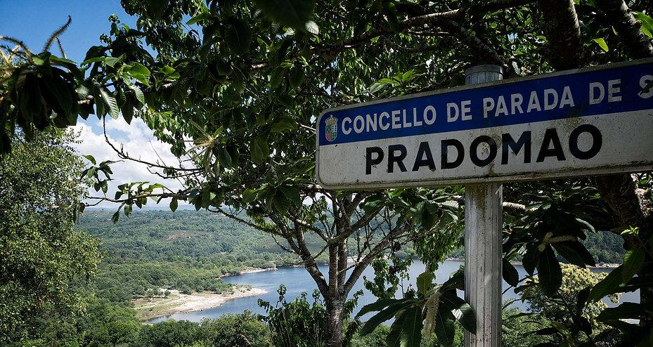 En la parroquia de Pradomao de Parada de Sil se encuentra el embalse de Edrada con una area recreativa y una playa fluvial.