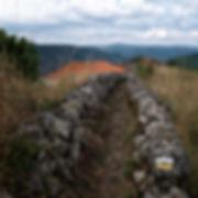 San Lorenzo de Barxacova, una de las 9 parroquias de Parada de Sil (Orense, Galicia, España) desde aquí se puede ir a la Necrópolis rupestre de San Vitor. Fotografía de Photoperiplo, nos encanta viajar para fotografiar.