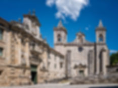 Vista general del Monasterio de Santo Estevo de Ribas de Sil, Parador Nacional, en Nogueira de Ramuín (Orense, Galicia, España) Imagen de www.photoperiplo.com nos encanta viajar para fotografiar.