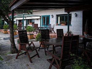 Casa Lino un buen lugar para comer productos gallegos de la tierra, del río Miño y del mar cocinados tradicionalmente. En Oleiros de Salvaterra de Miño en Pontevedra (Galicia)