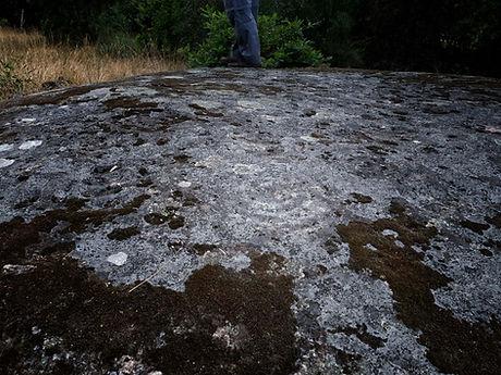 Petroglifos en Lamaforcada (Nogueira de Ramuín, Ribeira Sacra, Orense) Imagen de www.photoperiplo.com