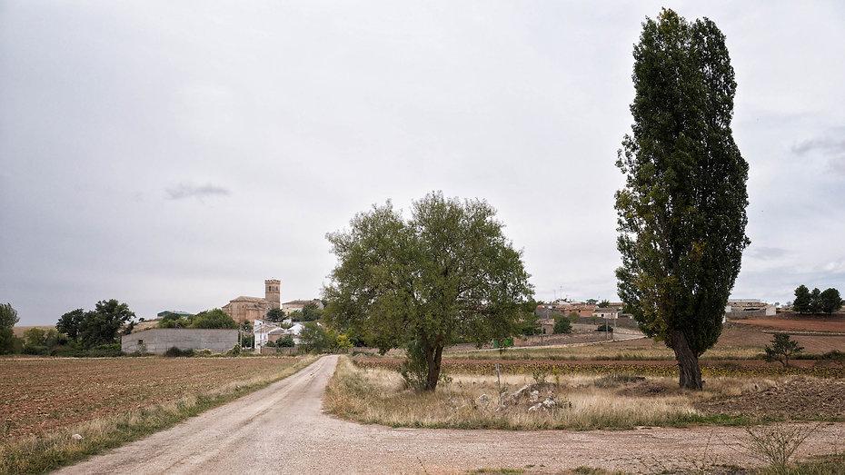 Vista general de Villar del Águila en Cuenca, aquí se entremezcla el paisaje manchego, con el alcarreño y serrano. Photoperiplo anduvo por allí porque nos encanta viajar para fotografiar, nos acompañas.