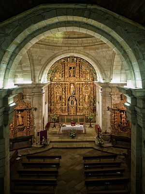 Vista de la iglesia de San Xoán de Fornelos en Salvaterra de Miño (Pontevedra) desde el coro.Foto de Photoperiplo.