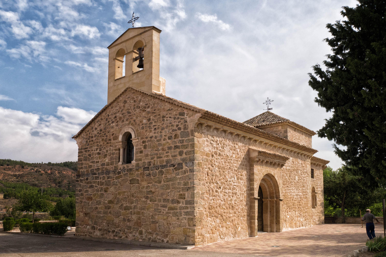 Iglesia de Santiago Apóstol...