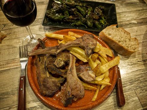 Bar Campanario, un buen lugar para picoteando, picoteando, comer...